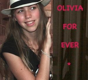 """""""Olivia for ever"""" , le livre-témoignage déchirant et digne écrit par la maman d'Olivia"""